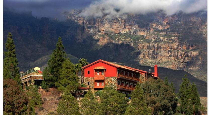 Best time to travel Gran Canaria Hotel Las Tirajanas