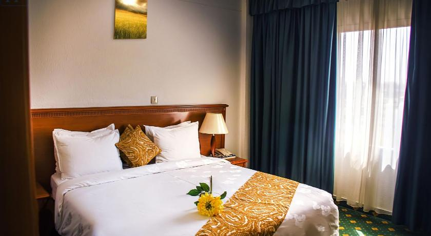 Best time to travel Ouagadougou Hotel Splendid Ouagadougou