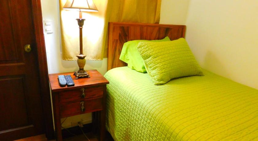 Best time to travel Guatemala Ana Victoria´s Room