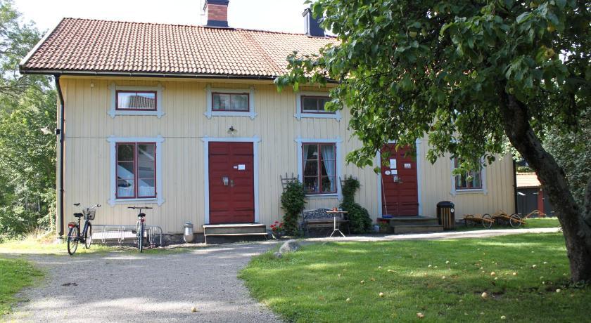 Lilla Tyreso Vandrarhem Stf Prices Photos Reviews Address Sweden