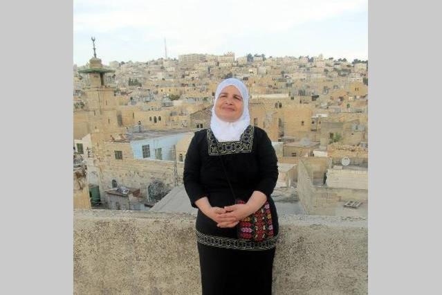 Best time to travel Hebron غرفة على السطح