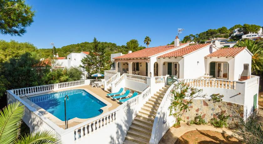 Best time to travel Menorca Villa Canela b11