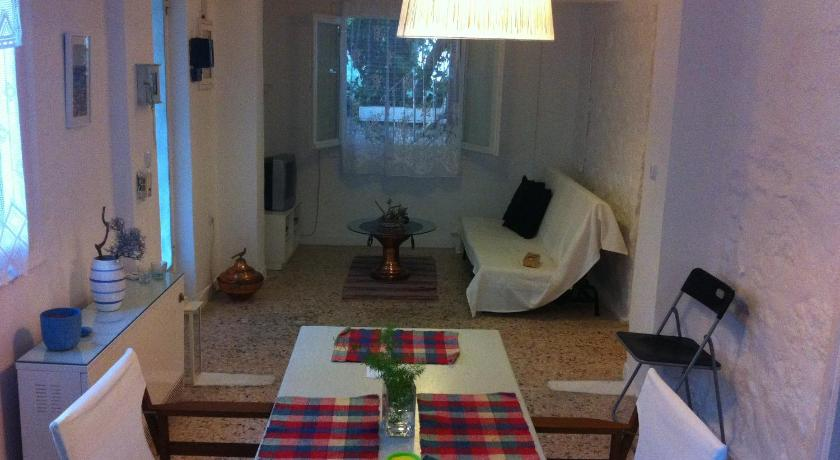 Best time to travel Chalandri Traditional Greek house in Athens