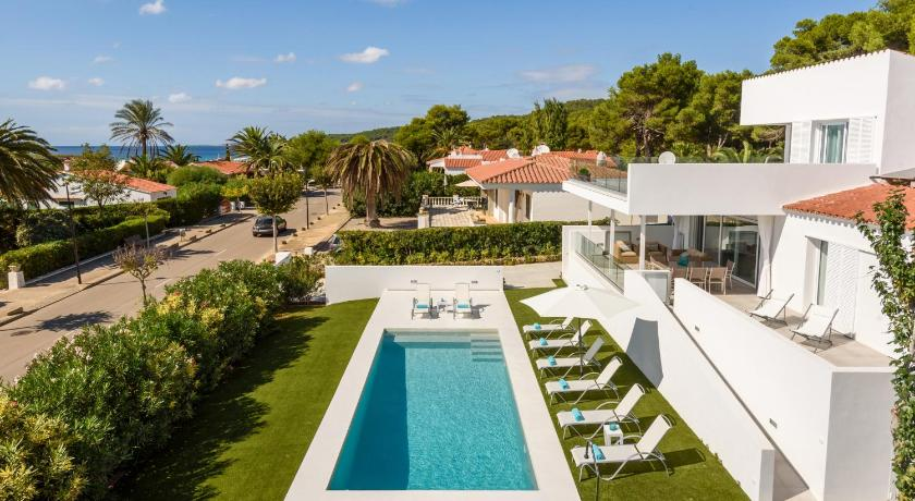 Best time to travel Menorca VILLA LUCIA B17