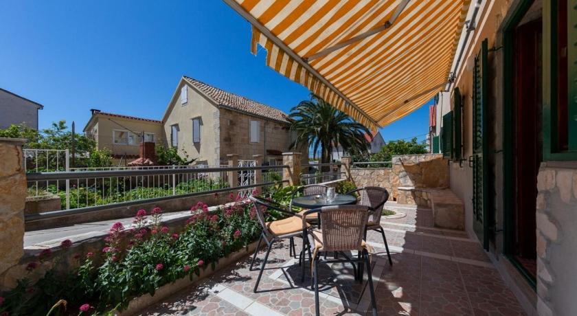 Best time to travel Croatia Apartment Marci