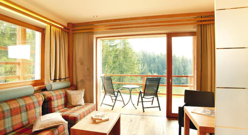 Hotel Albion Mountain Spa Resort Dolomites Castelrotto 2020 Updated Deals Hd Photos Reviews