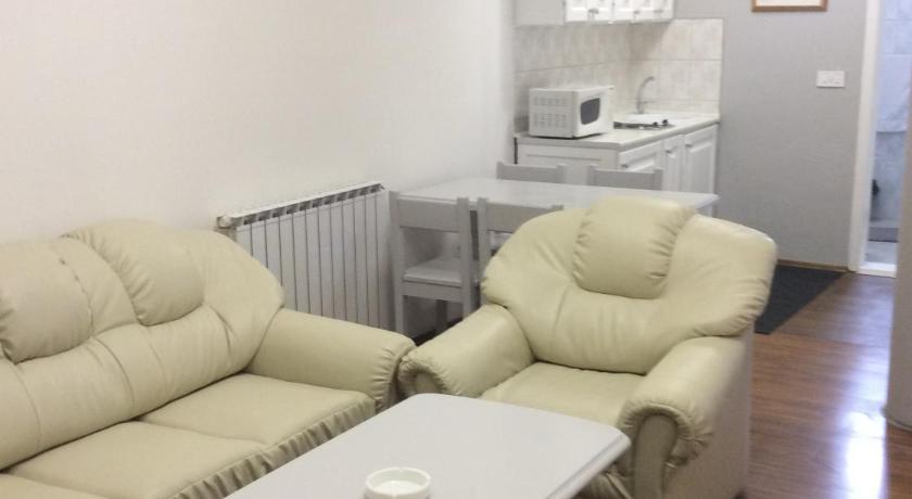 Best time to travel Bijeljina Apartman br 4