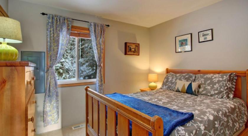 Three-Bedroom Holiday Home  Sunland Lodge