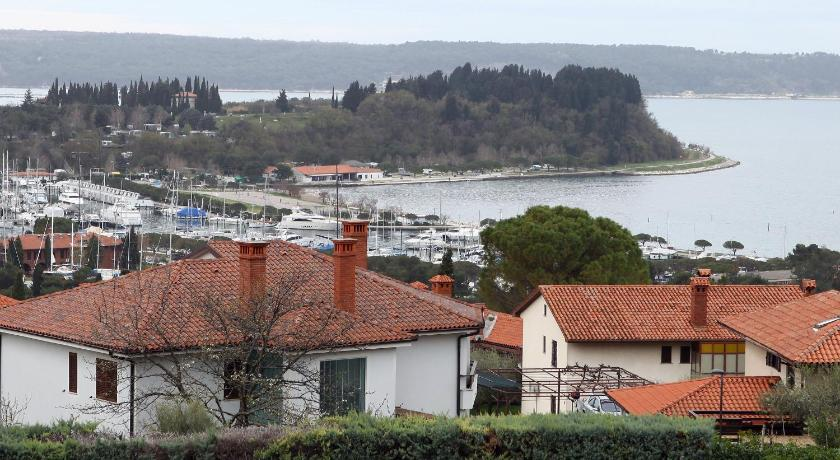 Two Bedroom Sea View Apartment in Portoroz Bay NR1 – více informací