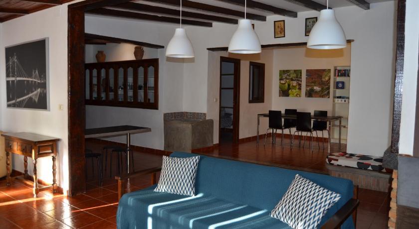 Best time to travel Lanzarote Casa Yuca