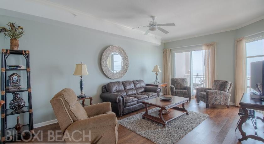 Legacy I 1305 Penthouse - Three Bedroom Apartment