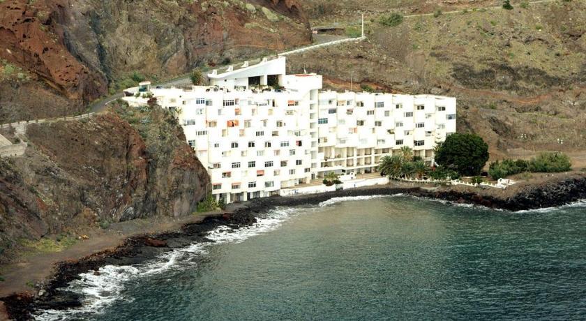 Best time to travel Tenerife Apartamentos playa chica / playa las gaviotas