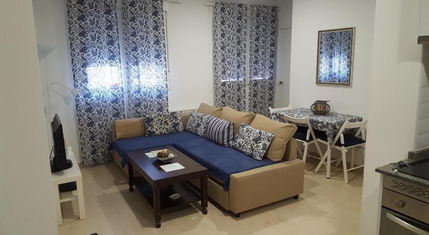 Best time to travel Spain Apartamento Palacio Vistalegre