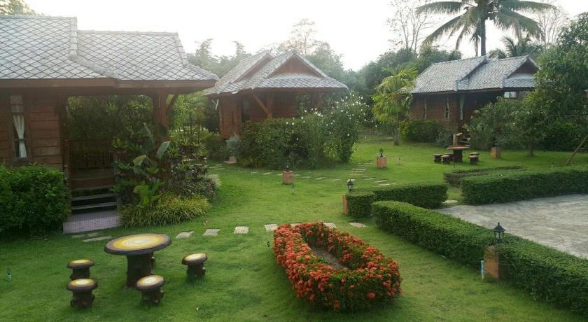 Best time to travel Pai Na Non Nampai Resort