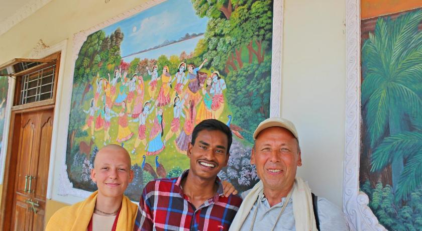Nitaai Gaudiya Math in Puri - Room Deals, Photos & Reviews