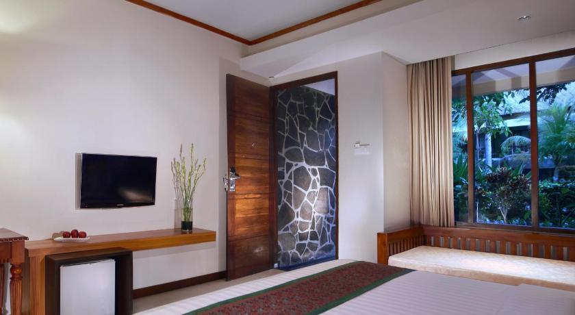 Aston Sunset Beach Resort Gili Trawangan Formerly Queen