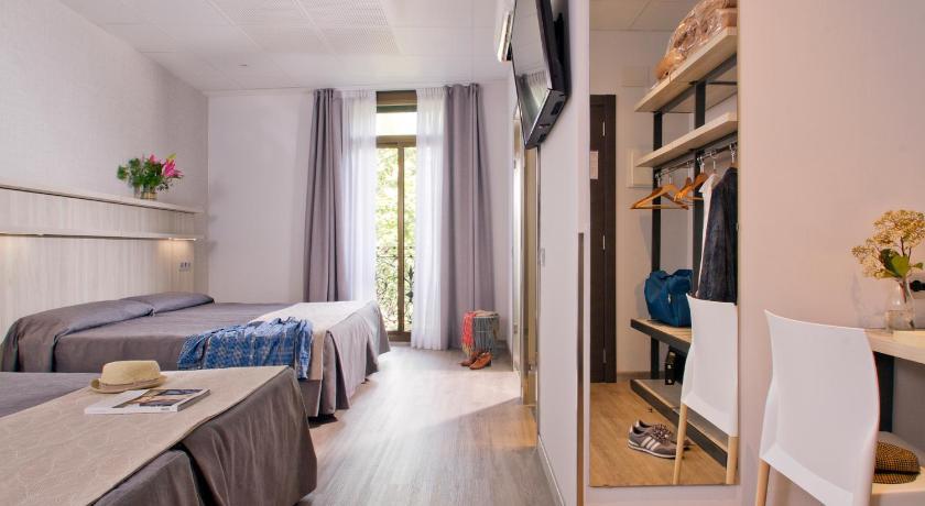 Hostal Benidorm - Barcelona