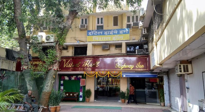 Best time to travel India Hotel Highway Inn