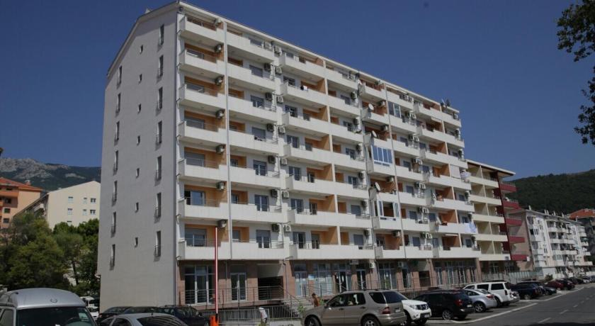 Apartments Knezevic Rozino
