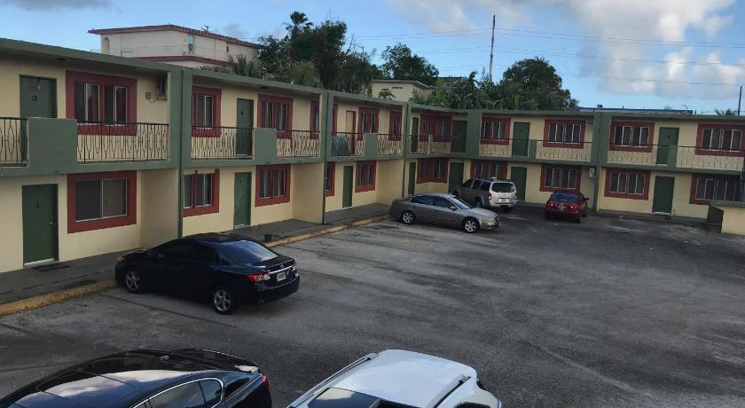 Best time to travel Tamuning 2 BEDROOM / 1 BATH ONLY 9 MILES TO NAVY BASE