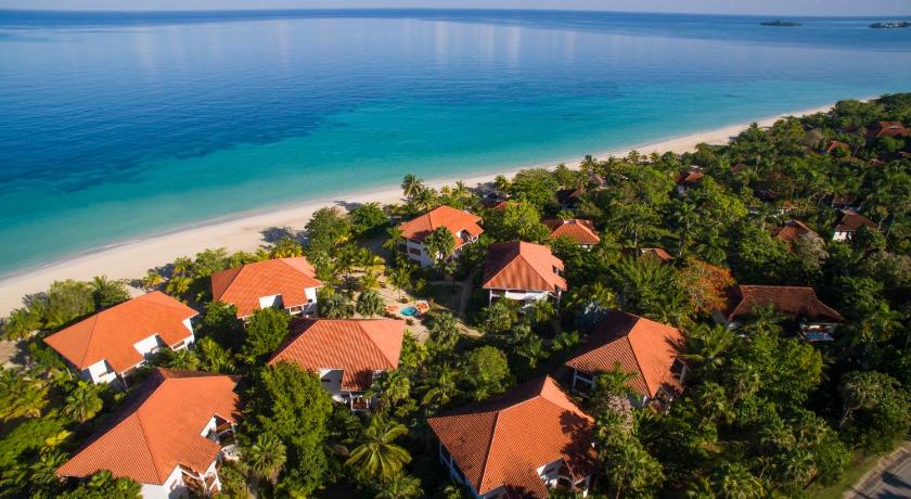 COUPLES SWEPT AWAY - ALL INCLUSIVE - COUPLES ONLY Negril