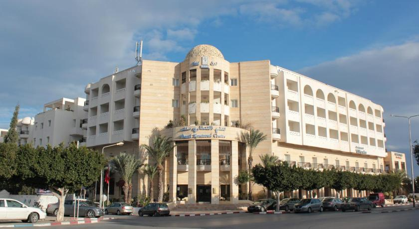 Best time to travel Tunisia El Kantaoui Center