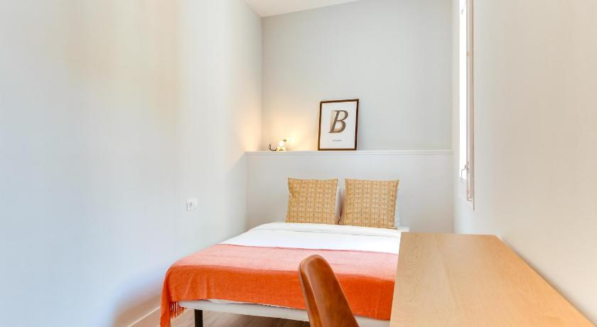 Two-Bedroom Apartment Design Apartments in the heart of Gracia