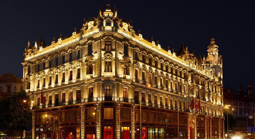 Best time to travel Budapest Buddha-Bar Hotel Budapest Klotild Palace