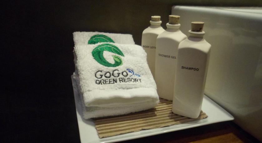 Deluxe Twin Room Go Go Green Resort