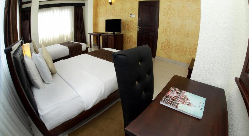 Deluxe Double or Twin Room with Sea View Hotel Sunhill - Colombo