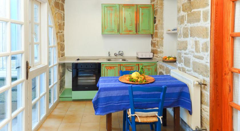 Best time to travel Cyprus Vasilikos House