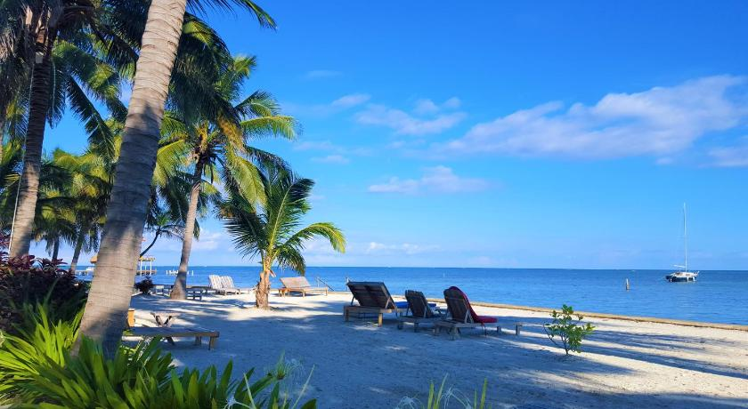 More about Tres Cocos Resort