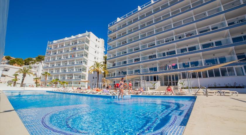 Best time to travel Spain Pierre&Vacances Mallorca Deya