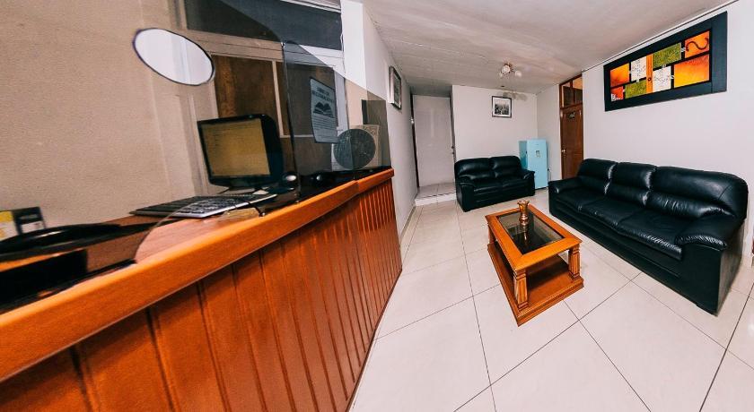 Awe Inspiring Hotel El Dorado Inn In Camana Room Deals Photos Reviews Cjindustries Chair Design For Home Cjindustriesco