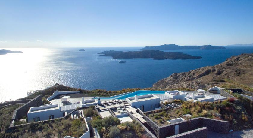 Erosantorini Estate