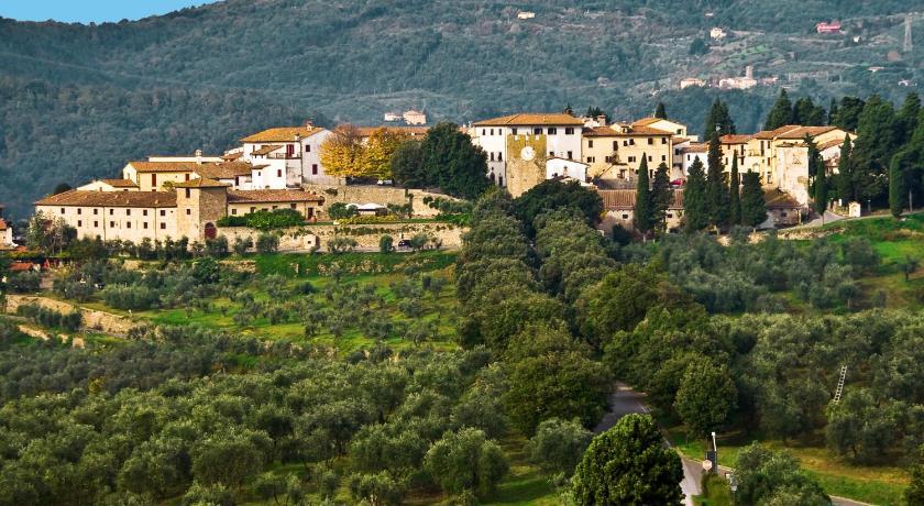 Best time to travel Italy Tenuta di Artimino Apartments