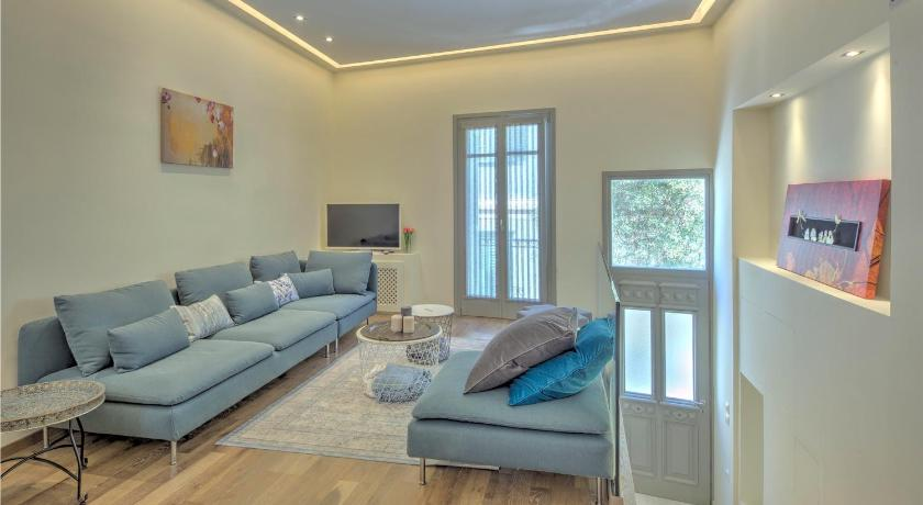 Best time to travel Athens Stylish and cozy house in Athens, Plaka