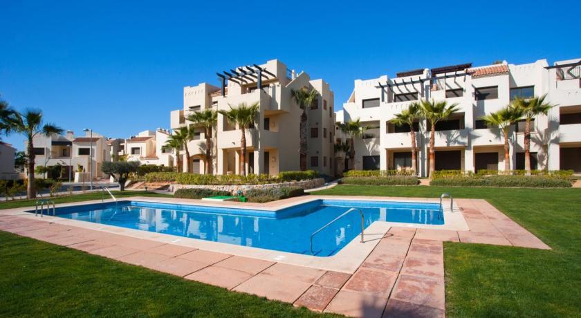 Best time to travel Alicante Roda Golf & Beach Resort - Calidona