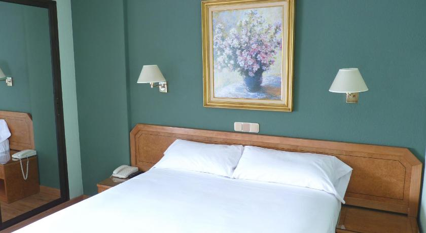 Best time to travel Spain Hotel Don Carmelo
