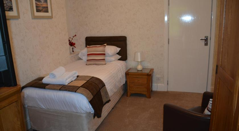 Single Room Cotswold House