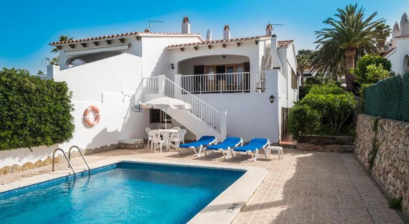Best time to travel Spain Villa Llevant 77