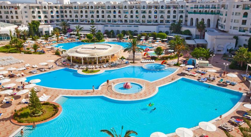 Best time to travel Tunisia El Mouradi El Menzah