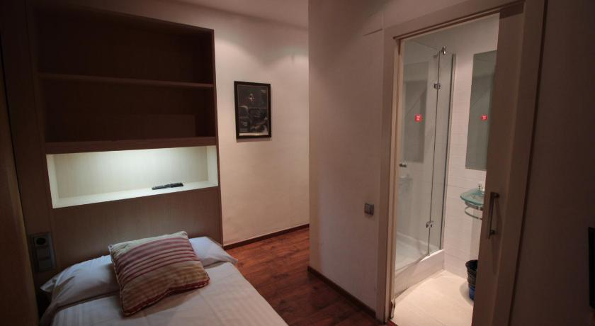 Hotel Annex - Rey Don Jaime I - Barcelona