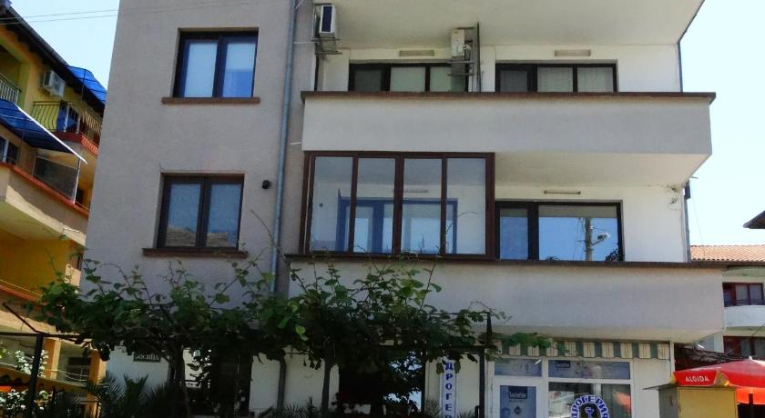 More about Guest House Rositsa