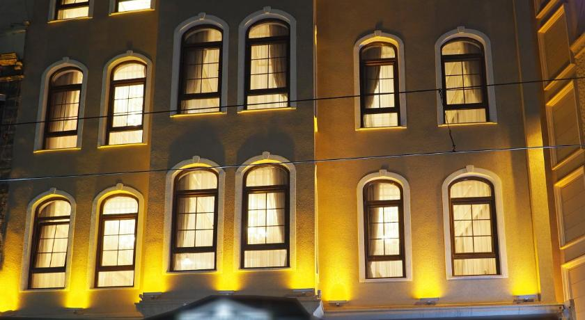 Best time to travel Turkey Sirkeci Gar Hotel