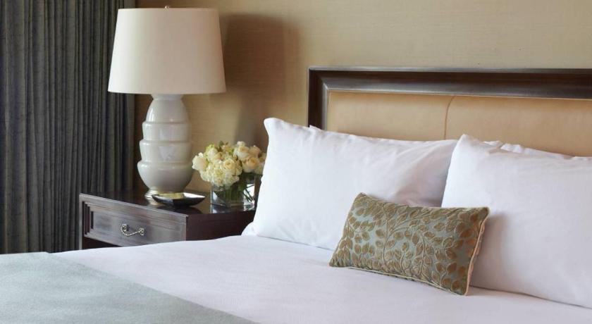 Four Seasons Hotel Baltimore In Baltimore Md Room Deals Photos Reviews