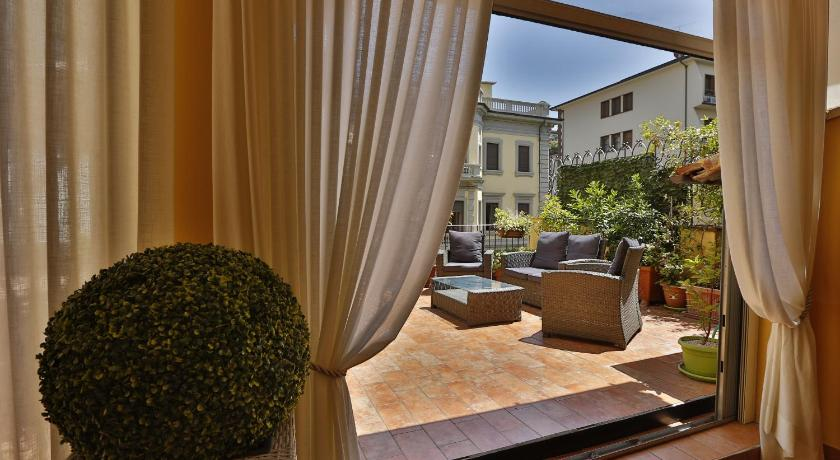 b06e1585f7d06 Il Valentino Luxury Houses in Florence - Room Deals, Photos & Reviews