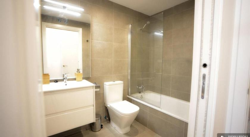 Best time to travel San Sebastián Stunning 3 bedroom Apartment in San Sebastian (FC7037)