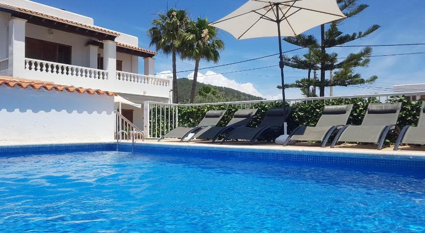 Best time to travel Spain Villa Kiku Ibiza: Excellent location, refurbished