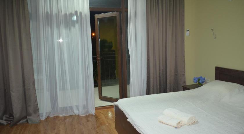 Double Room Guest House Madonna
